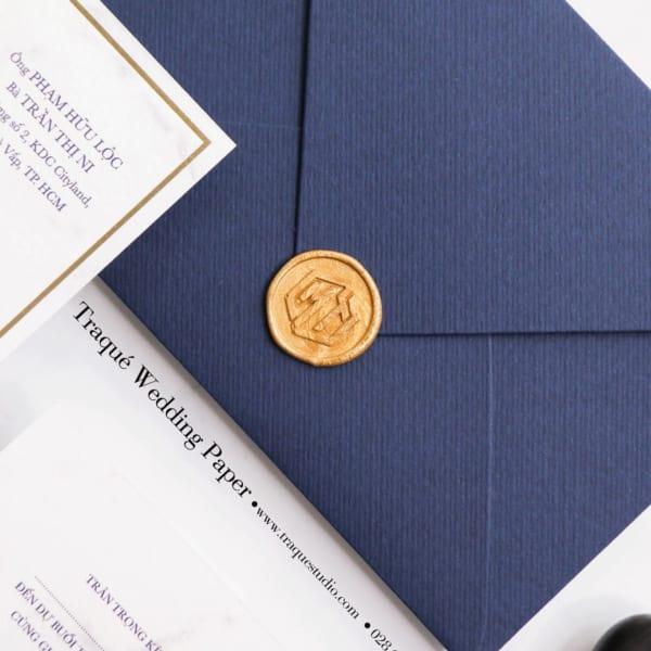 wax seal - dấu sáp niêm phong thiệp cưới traqué